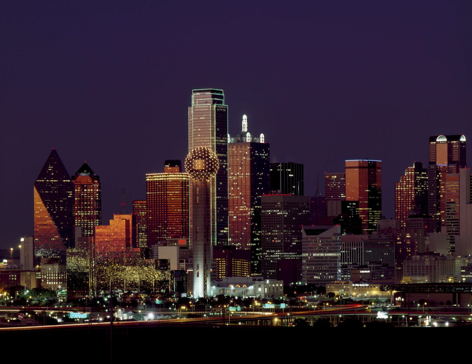 Flight Deal Round Trip From New York Area to Dallas Area #newyork #dallas #extendedweekend
