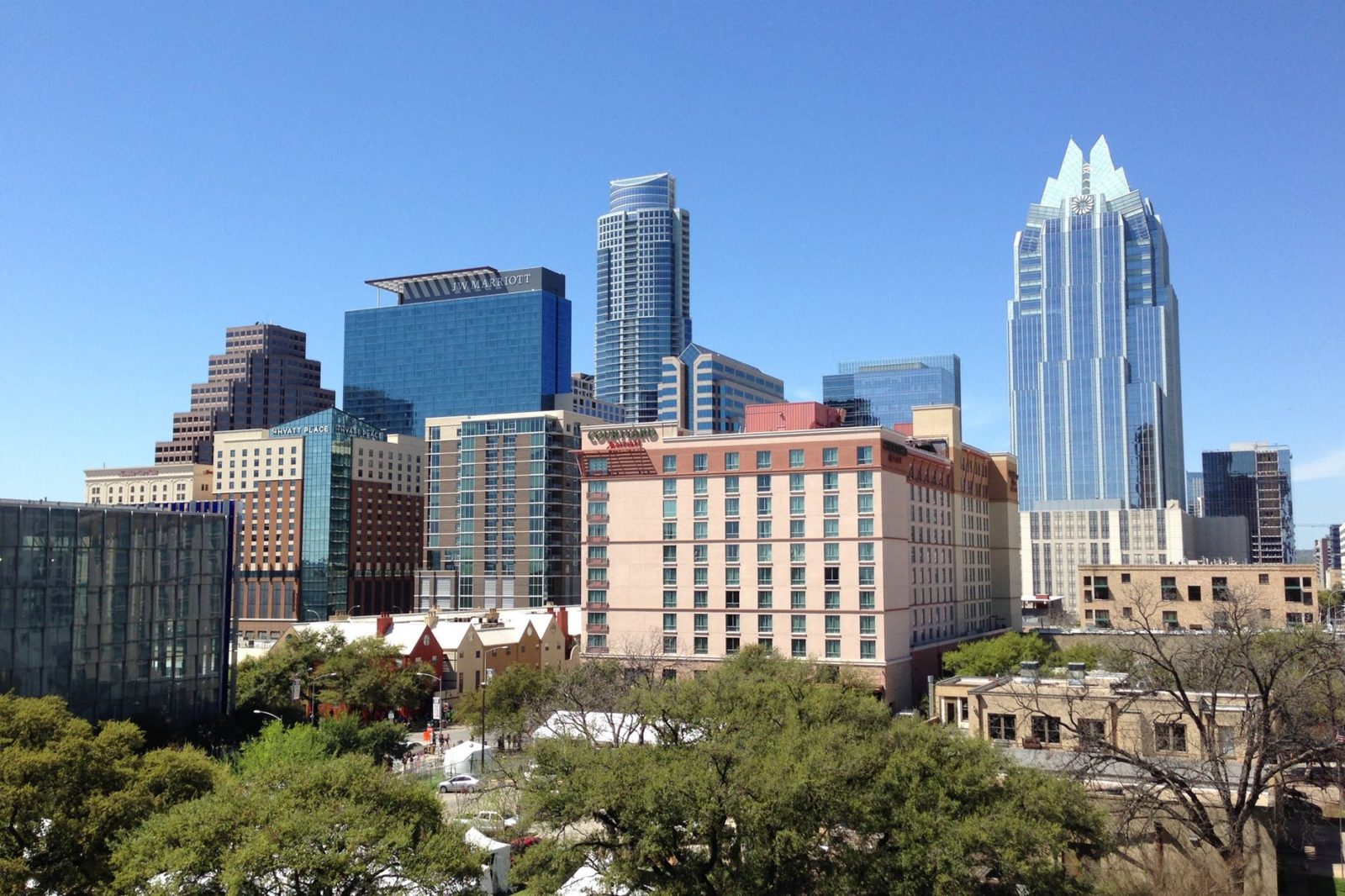 Hotel Deal For Austin Texas #austintexas #usholiday #newyearsday